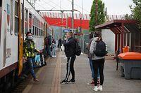 Lokales, Zug, Bahn, Bus, öffentlicher Transport, Mobilität, mit Covid 19 Maske,  Foto: Anouk Antony/Luxemburger Wort
