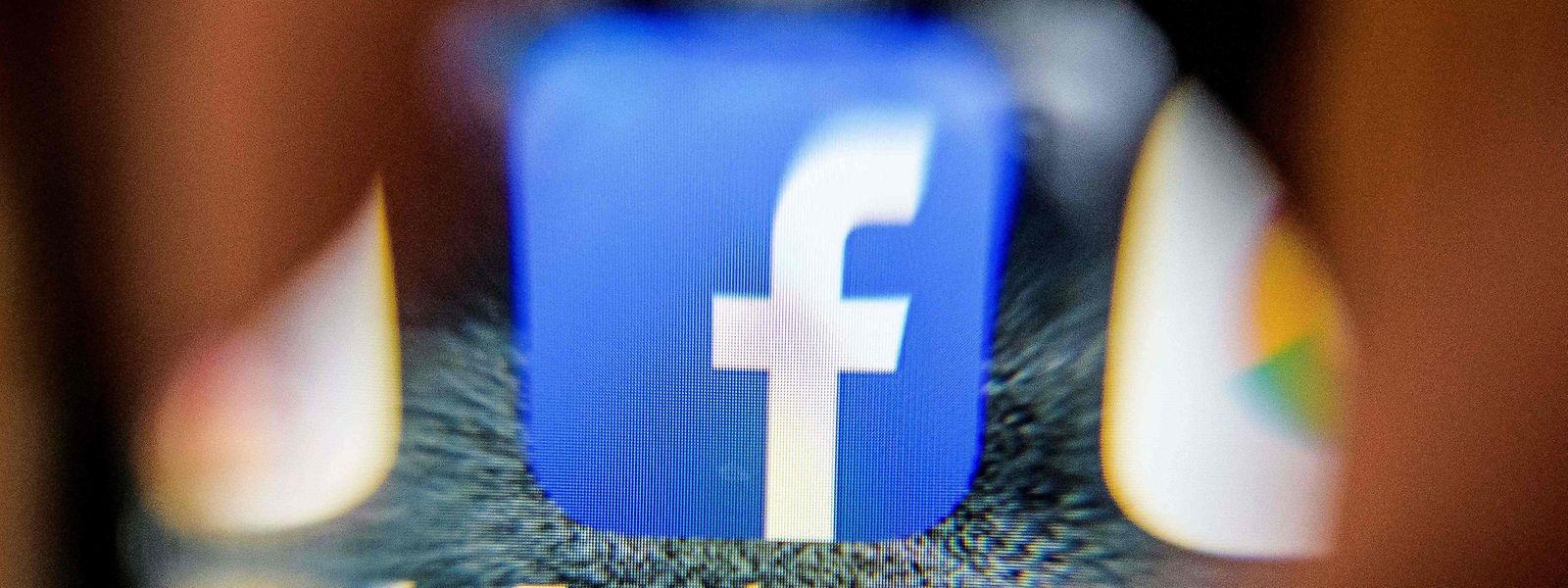 Facebook verkündete am Mittwoch, die Datenverwaltung für Nutzer werde vereinfacht.