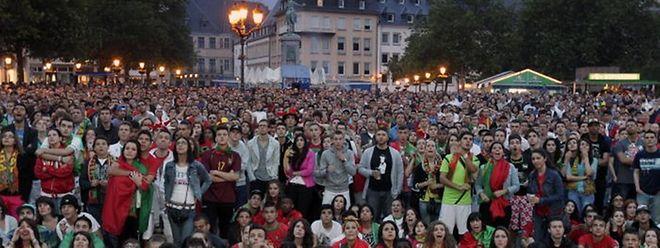 Das Public Viewing dürfte, wie hier bei der Fußball-WM in 2014, für viel Zuspruch sorgen.
