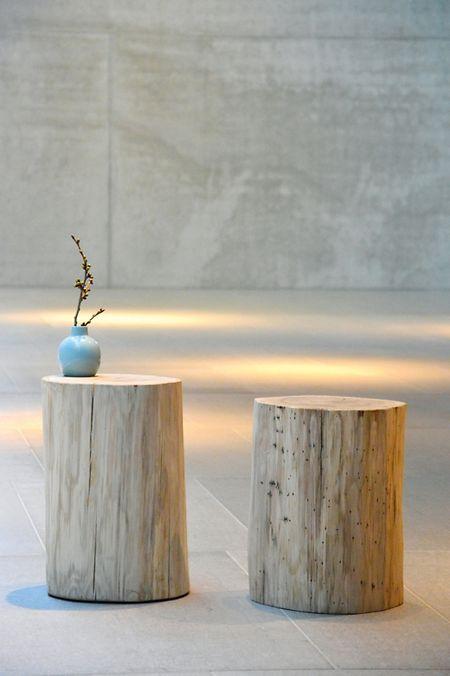 Natürlich und rustikal wirkende Stoffe und Materialien wie Holz gehören zum Shabbystil.