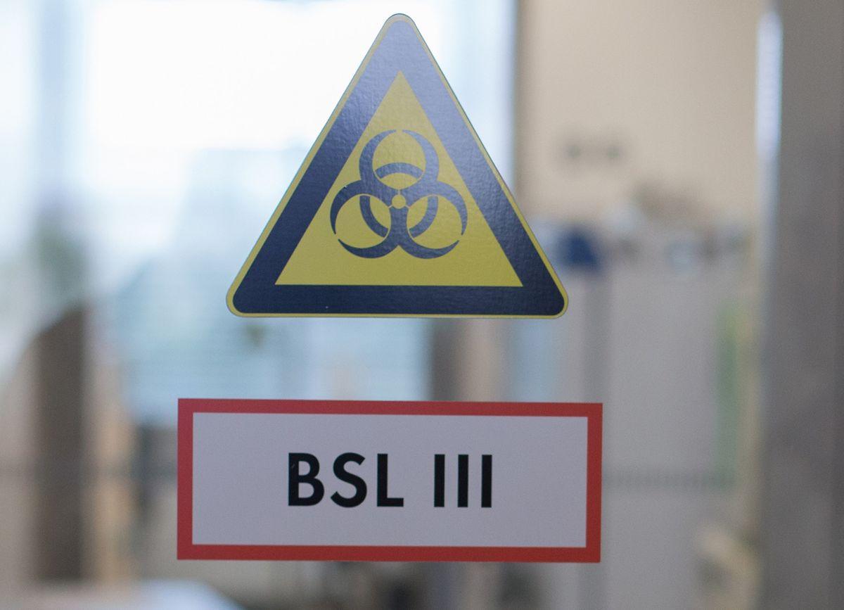 Avec une habilitation de niveau 3, le laboratoire national de santé est la seule infrastructure du pays à pouvoir tester le coronavirus.