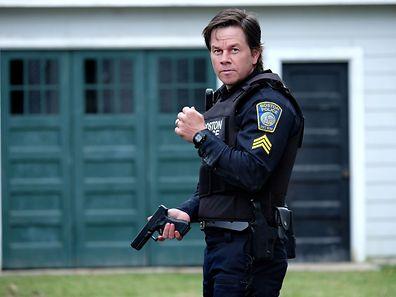 Hat Sgt. Tommy Saunders (Mark Wahlberg) es dank den Hinweisen aus der Bevölkerung wirklich geschafft, den flüchtigen Attentäter zu stellen?