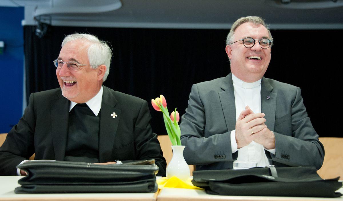 Der Landesbischof der Evangelischen Landeskirche Württemberg, Frank Otfried July (r), und Bischof Gebhard Fürst von der katholischen Diözese Rottenburg-Stuttgart loben die schwedische Umweltaktivistin Greta Thunberg, die am 17. April 2019 in Rom mit Papst Franziskus zusammenkommt.