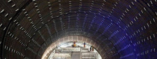 Längster Tunnel Der Welt Vor Dem Durchstich