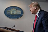 U.S. President Donald Trump pauses after speaking during a news conference in the Brady Press Briefing Room of the White House in Washington, D.C., U.S., on Friday, May 22, 2020. Trump ordered states to allow churches to reopen from stay-at-home restrictions imposed to combat the coronavirus outbreak, saying he would override any governor who refuses. Photographer: Andrew Harrer/Bloomberg