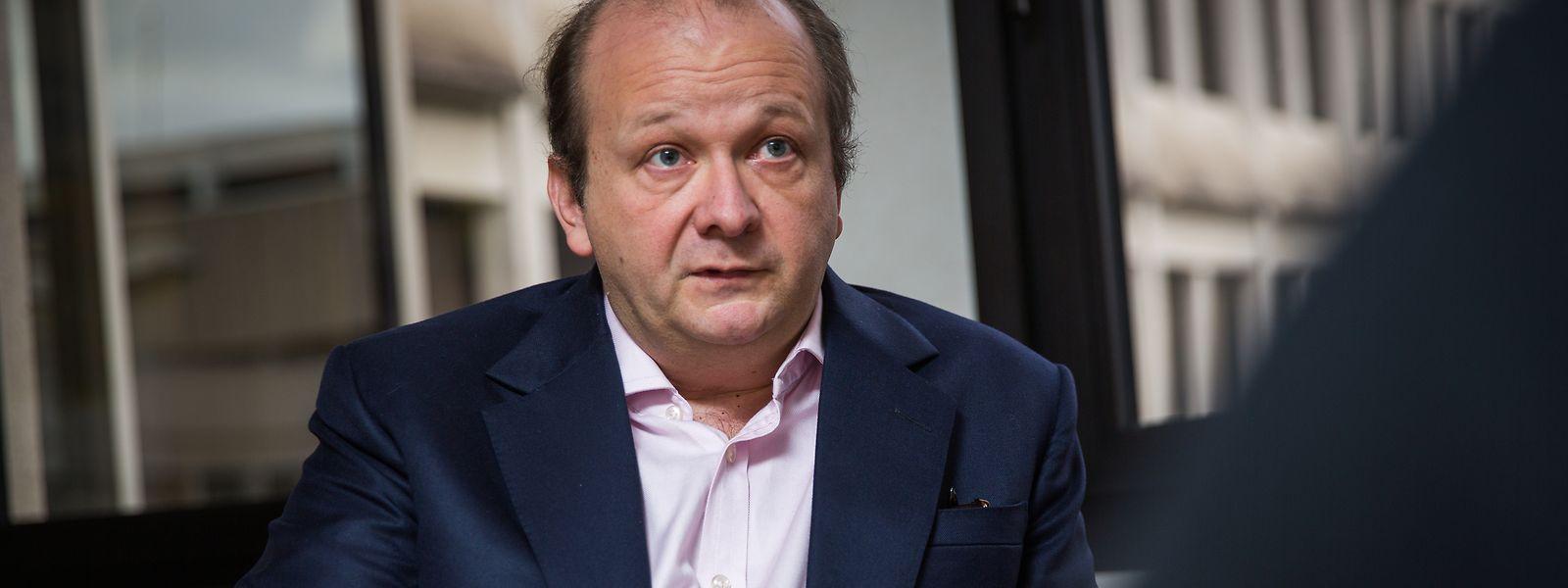 O antigo espião luxemburguês Frank Schneider enfrenta a extradição para os EUA por alegado envolvimento no esquema da criptomoeda OneCoin