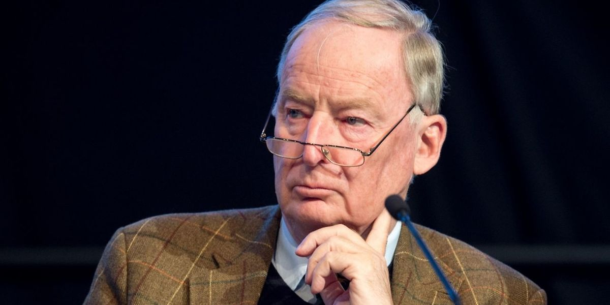 Bundestagsfraktionschef Alexander Gauland wurden neben Jörg Meuthen an die Parteispitze gewählt