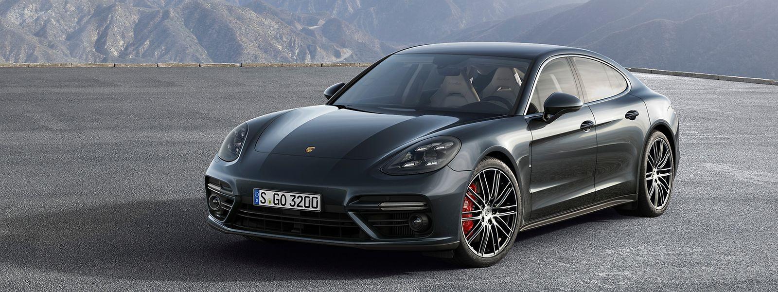 Der neue Porsche Panamera wirkt dank seiner flacheren Dachlinie deutlich harmonischer als das aktuelle Modell.