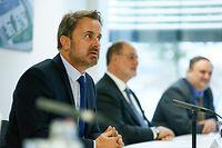 (de g. à dr.) Xavier Bettel, Premier ministre, ministre d'État, ministre de la Digitalisation ; Roger Lampach, CEO LuxProvide SA ; Pascal Bouvry, CEO LuxProvide SA