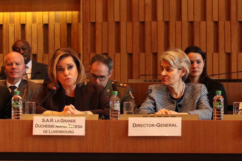 Bei der gestrigen Konferenz: Großherzogin Maria Teresa neben Unesco-Generaldirektorin Irina Bokova.