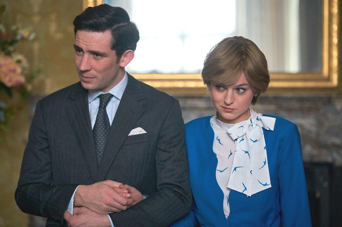 """Emma Corrin n'a pas reçu de prix pour son interprétation de la princesse Diana, mais la """"reine"""" Olivia Colman si."""