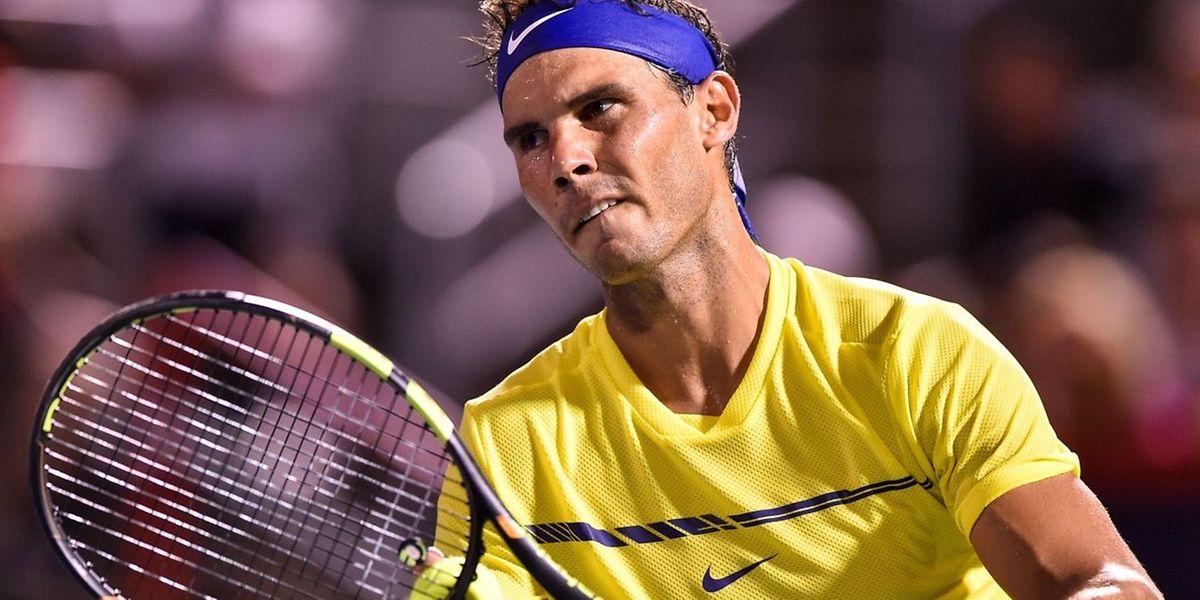 Rafael Nadal a profité du forfait de Roger Federer pour repasser en tête du classement ATP.