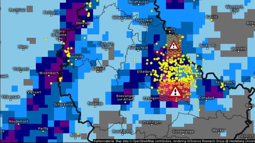 Das Bild zeigt den Biltzflut-Hinweis, wie ihn die Computer von Kachelmannwetter bereits am Freitag 22. Juli 2016 um 20.25 Uhr angezeigt haben.