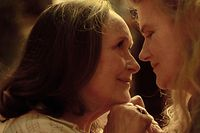 Martine Chevallier (Madeleine, g.) et Barbara Sukowa (Nina), un duo de complicité mais aussi de contradiction.