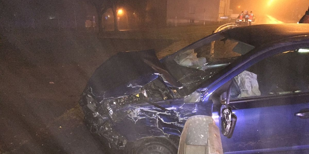 Bei dem Unfall nahe Rosport wurde das entgegenkommende Fahrzeug stark beschädigt.