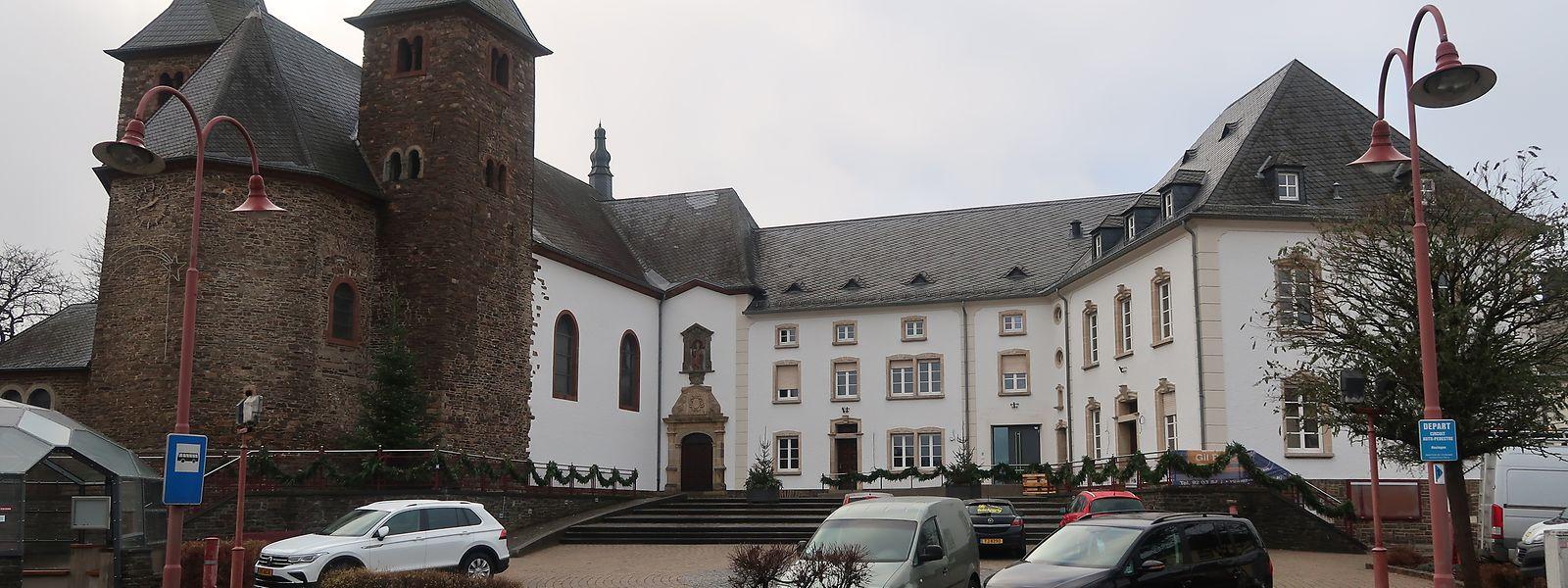 Die Renovierungs- und Umbauarbeiten an der Hosinger Kirche sowie am ehemaligen Pfarr- und Rathaus haben 1,5 Millionen Euro gekostet.