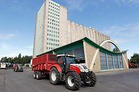 5.8.Mersch / PK Versis u. Saatbaugenossenschaft / Agrocenter / Silos / Silozentrale / Karschnatz 2011 / Landwirtschaft Foto:Guy Jallay