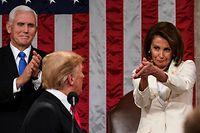 Mit ihrer Gestik und Mimik zegt Nancy Pelosi, was sie von US-Präsident Donald Trump hält.