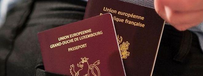 Pour obtenir la double nationalité, il faut d'abord s'assurer que son pays d'origine admet son principe car ce n'est pas le cas pour tous les pays de l'Europe.