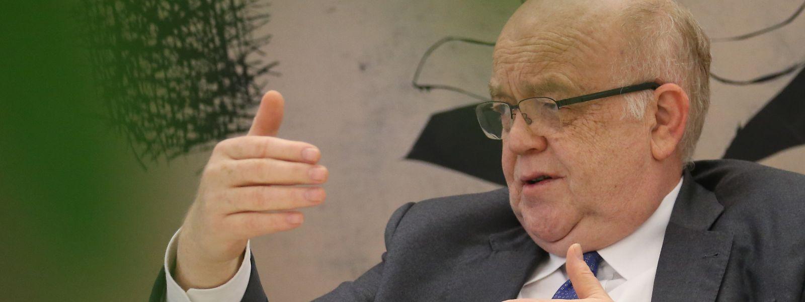 Gaston Reinesch a proposé que la BCL mène une étude du modèle macroéconomique qui permettra de mettre en relief les déterminants de la croissance.