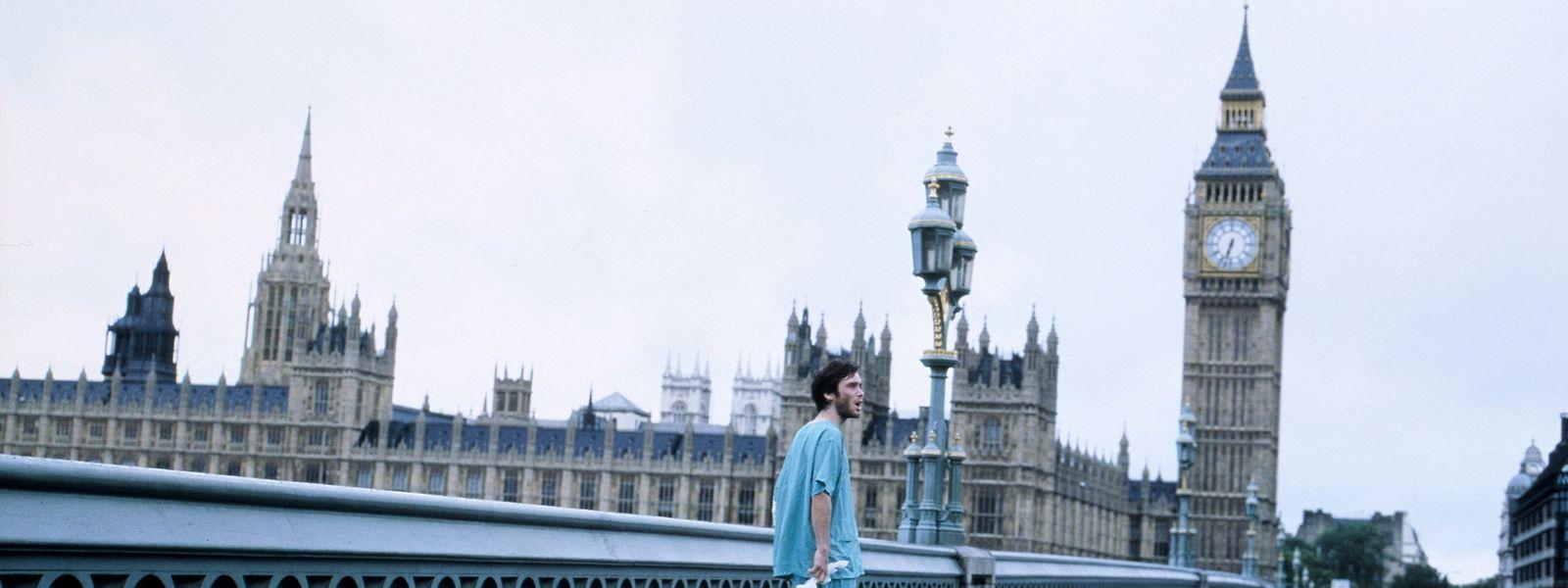 """Esta imagem não é de Londres durante a quarentena, é do filme """"28 Days Later"""" de Danny Boyle"""