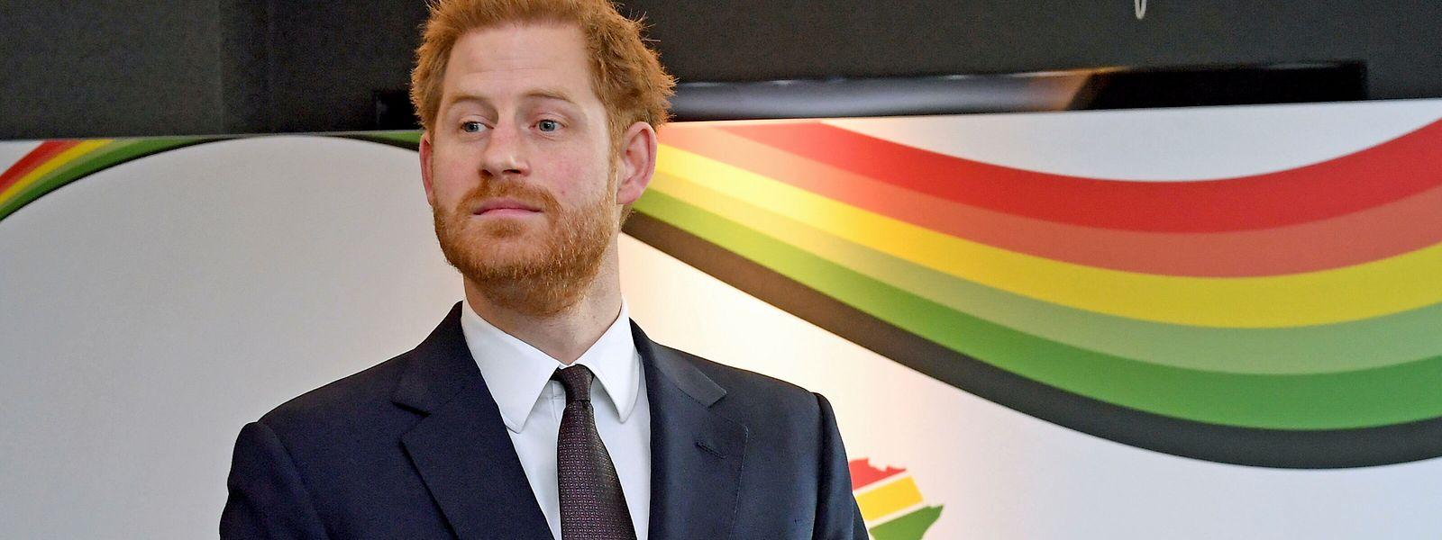 """Harry, der längere Zeit in Afrika gearbeitet hatte, veröffentlichte die Bilder zum """"Earth Day""""."""