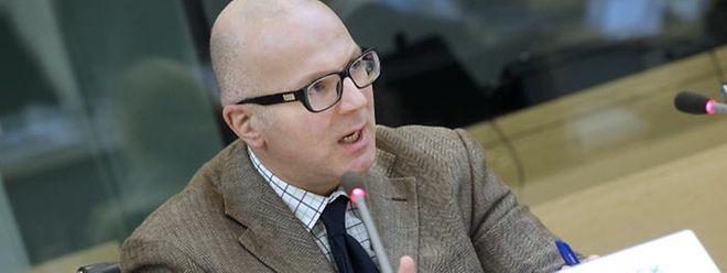 Musste sich am Freitag vor der Enquêtekommission erklären: Geheimdienstchef Patrick Hec.