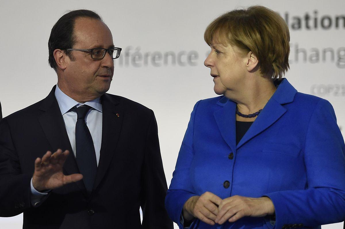 François Hollande und Angela Merkel vor dem Beginn des Gipfels.