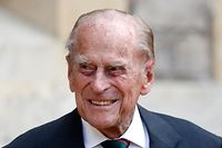 (FILES) In this file photo taken on July 22, 2020 Britain's Prince Philip (C), Duke of Edinburgh takes part in the transfer of the Colonel-in-Chief of The Rifles at Windsor castle in Windsor on July 22, 2020. - Queen Elizabeth II's husband Britain's Prince Philip, Duke of Edinburgh has died, Buckingham Palace announced on April 9, 2021. (Photo by Adrian DENNIS / POOL / AFP)
