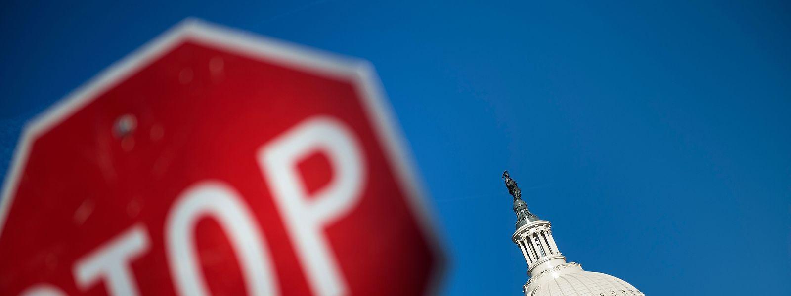 27.000 Beamte in Luxemburg bekämen im Fall eines Shutdowns kein Gehalt mehr.