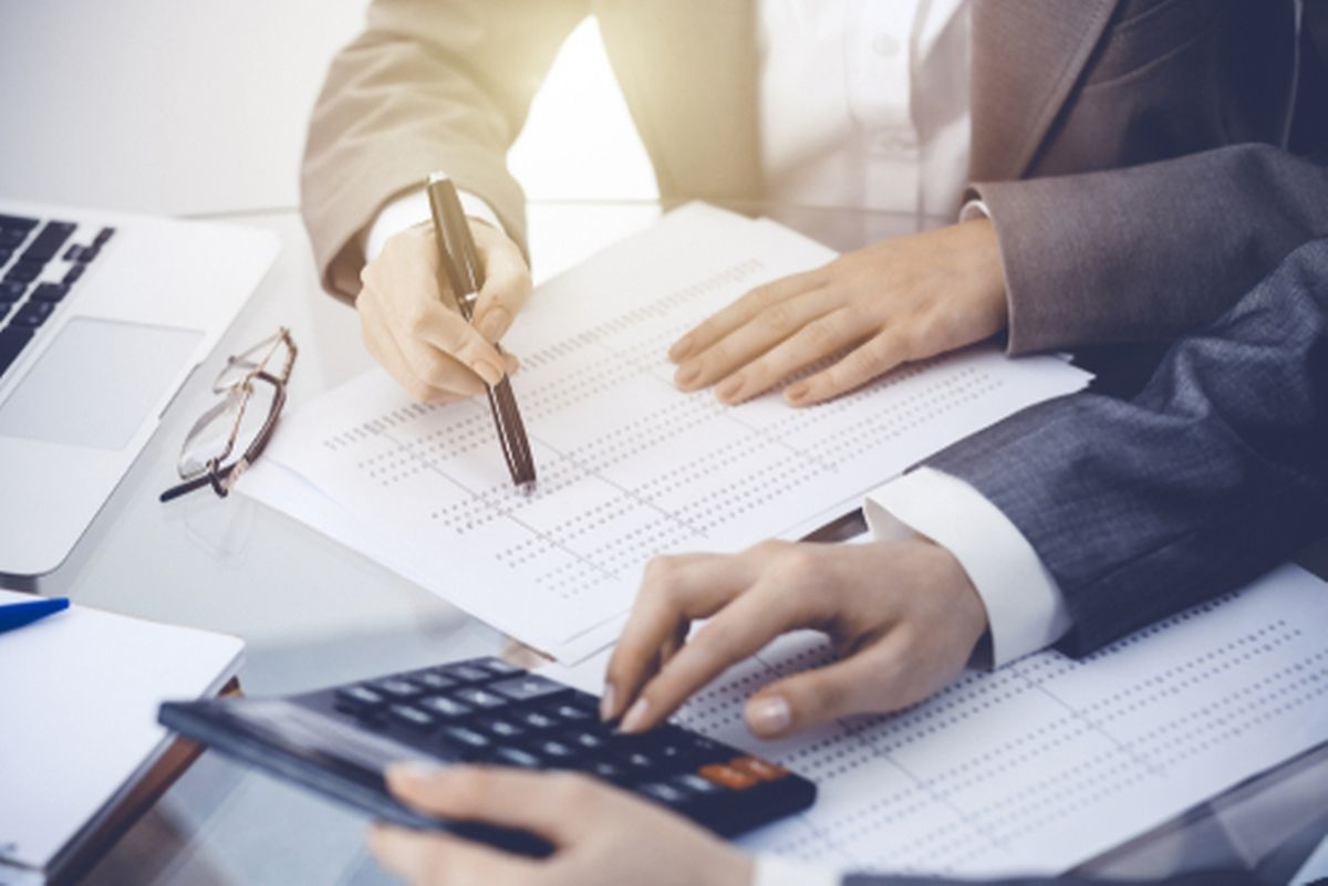 Mortgage calculators help you work out monthly payments Photo: Shutterstock