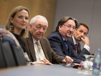 Entre Emilie Mounier, Fernand Thill, à sa droite, et Gilles Vanderweyen à sa gauche, le président de l'APSI, Jean Diederich, a appelé à en faire beaucoup plus pour la FinTech.