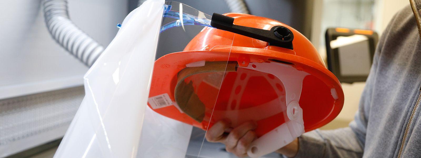 En réponse à une demande, GCL a développé un modèle de visière de protection adaptable aux casques de chantier.