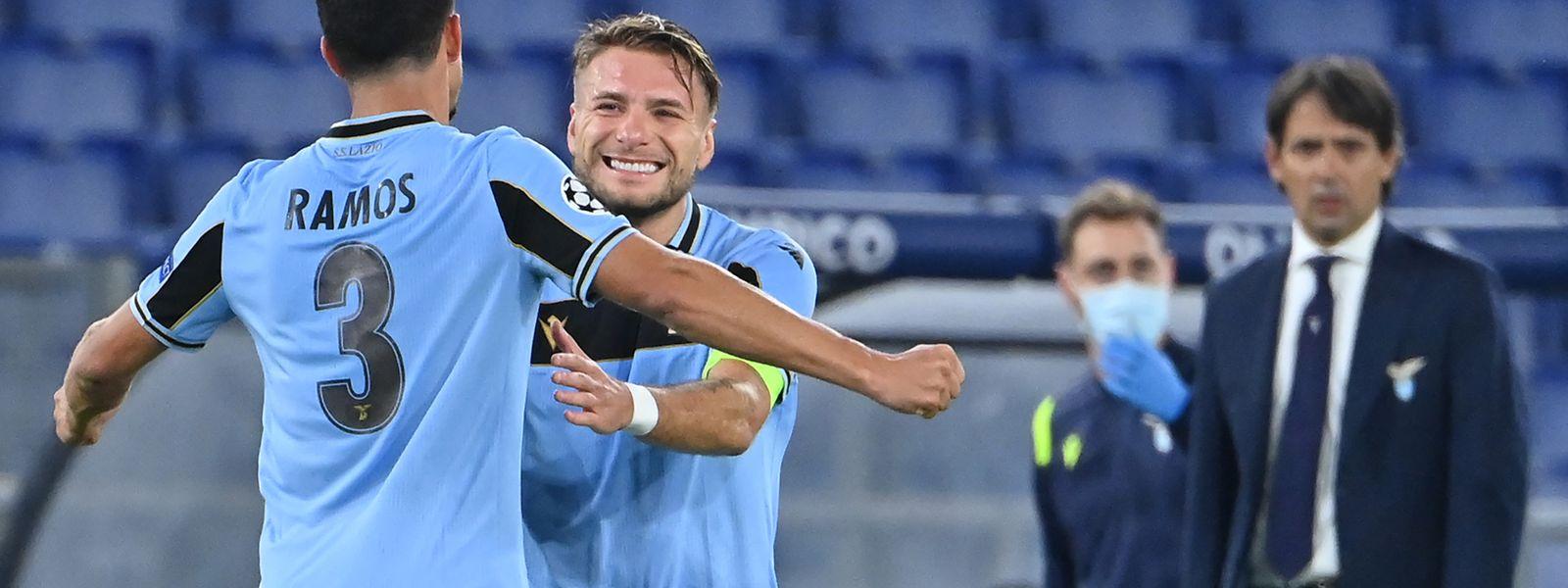 Die Lazio-Spieler Luiz Felipe und Ciro Immobile (r.) haben allen Grund zur Freude.