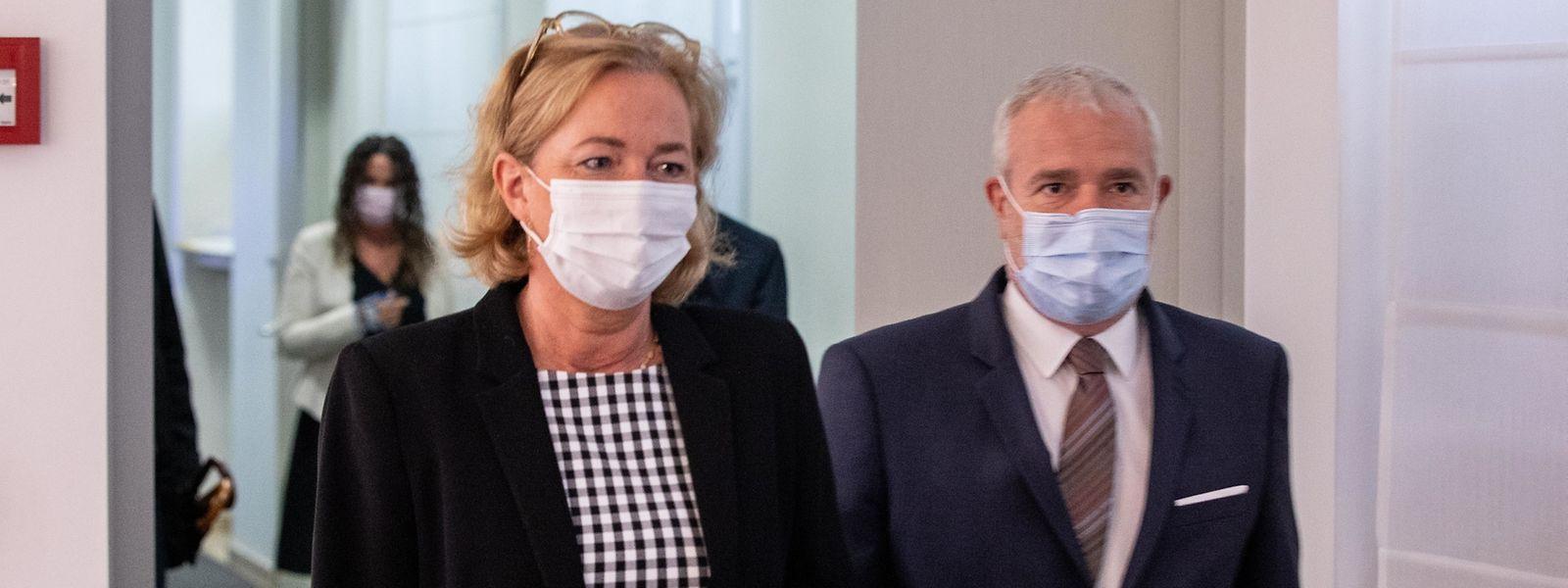 Gesundheitsministerin Paulette Lenert hat Vizepremier Dan Kersch in der Folge der Corona-Krise in der Gunst der Wähler deutlich abgehängt.