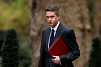(FILES) In this file photo taken on April 02, 2019 Britain's Defence Secretary Gavin Williamson arrives in Downing Street in London for a cabinet meeting. - Downing Street has announced on May 1, 2019, that Britain's Prime Minister Theresa May has sacked her Defence Secretary Gavin Williamson following an investigation into the leaking of information from a National Security Council meeting. (Photo by Adrian DENNIS / AFP)