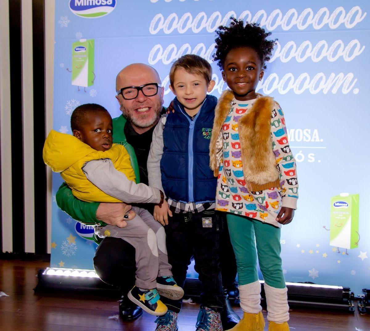 Eduardo Beauté com os filhos, Eduardo (à esq.) Bernardo e Lurdes.