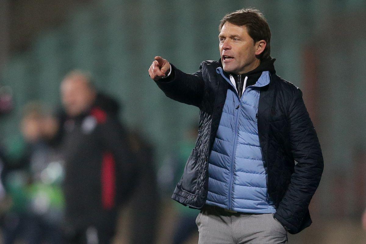 FLF-Trainer Luc Holtz ist unzufrieden mit den Schiedsrichtern.