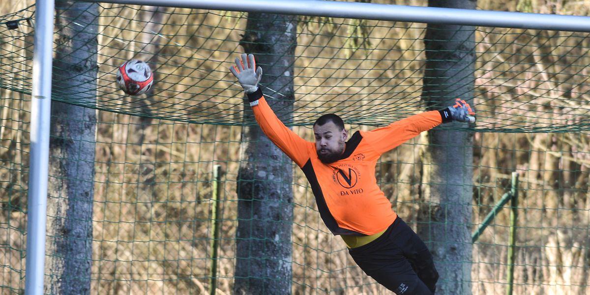 Ehnen - Walferdange 0-2. David Promme, le gardien du Vinesca ne peut rien faire sur le second but visiteur.