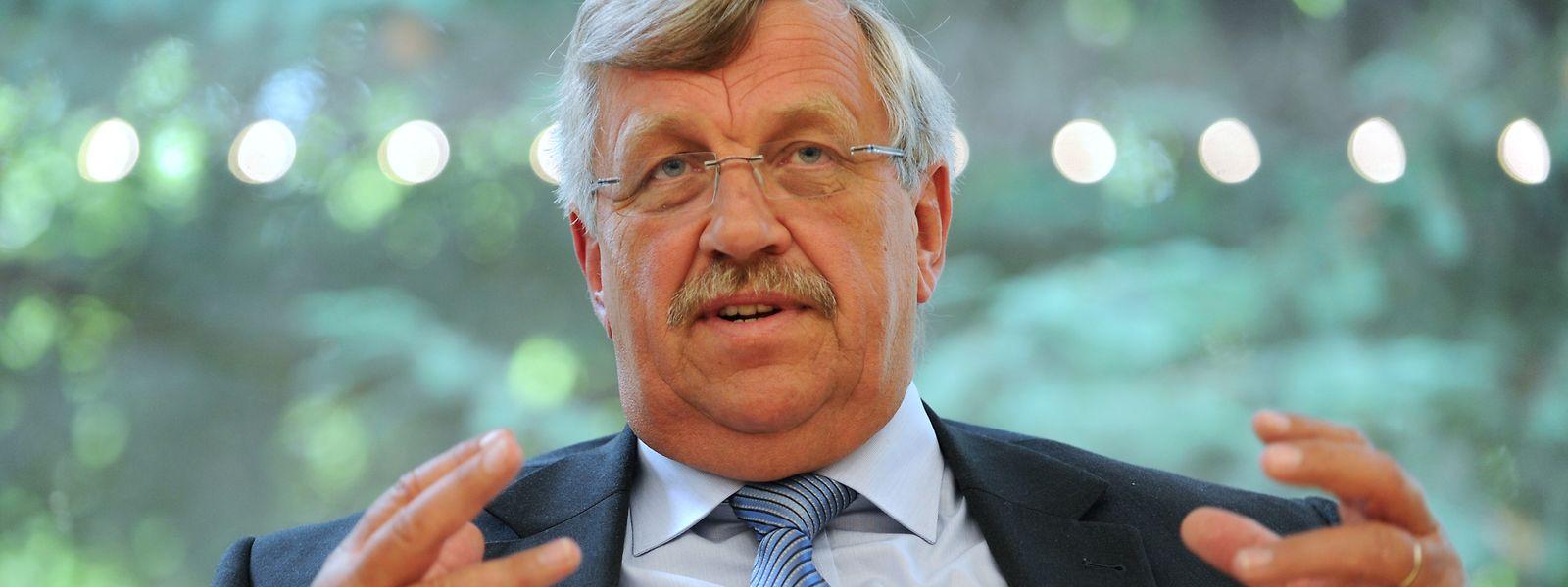 Walter Lübcke (CDU), Regierungspräsident von Kassel, wurde in der Nacht zum Sonntag tot aufgefunden.