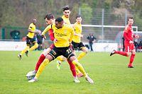Adel Bettaieb (F91 v.) gegen Eric Brandenburger (Rosport h.) / Fussball, Nationaldivision, Rosport - F91 / 10.04.2021 / Rosport / Foto: Christian Kemp