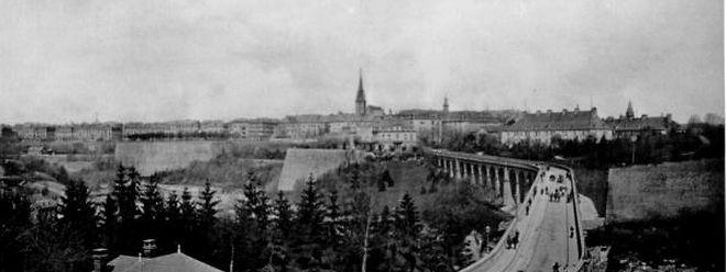 """Mit dem Viadukt (die """"Al Bréck"""") entstand im Jahr 1861 eine direkte Verbindung zwischen Bahnhof und Oberstadt."""