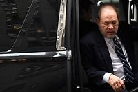Harvey Weinstein arrives at the Manhattan Criminal Court, on February 13, 2020  in New York City. - Weinstein, 67, faces life imprisonment if convicted of predatory sexual assault charges related to ex-actress Jessica Mann and former production assistant Mimi Haleyi.Weinstein is also facing a separate sex crimes investigation in Los Angeles and is the subject of several civil complaints. (Photo by Johannes EISELE / AFP)