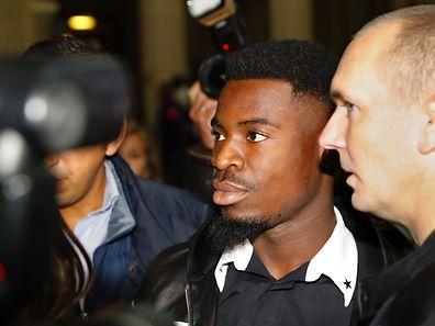 Serge Aurier erschien am Montag in Paris vor Gericht.