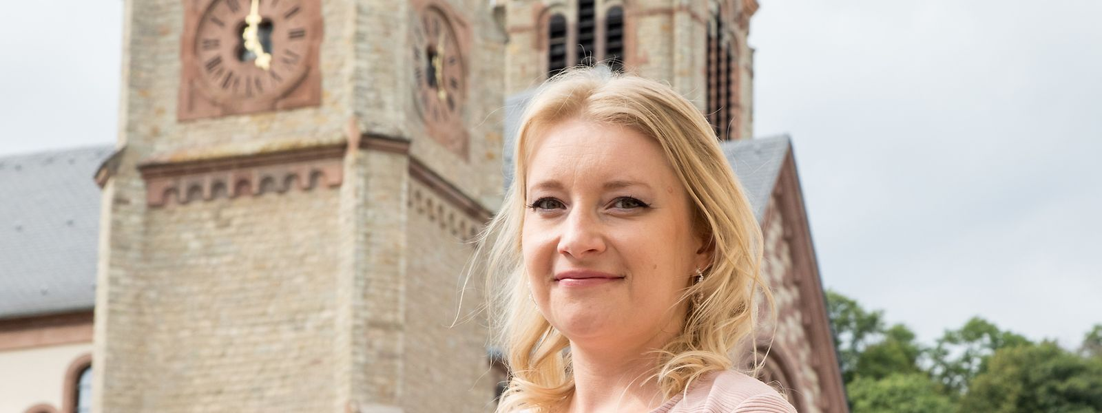 Michèle Frantz hat Diekirch verlassen und studiert in Bonn. Als Sängerin des Vokalensembles des Collegium musicum Bonn kommt sie nun für einen musikalischen Abstecher zurück.