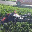 Der Fahrer dieses Motorrads wurde leicht verletzt.