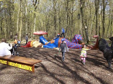 Saisonauftakt im Bettemburger Maerchenpark (Parc Merveilleux) - der schlafende Riese - Foto: Serge Waldbillig
