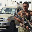 Die Vereinten Nationen bezeichnen den Krieg im Jemen als schwerste humanitäre Krise der Gegenwart. Dort kämpfen Truppen aufseiten des ins Exil geflohenen, aber international anerkannten Präsidenten Abed Rabbo Mansur Hadi gegen die vom Iran unterstützten Huthi-Rebellen, die weite Teile des Nordens, inklusive der Hauptstadt Sanaa, kontrollieren.