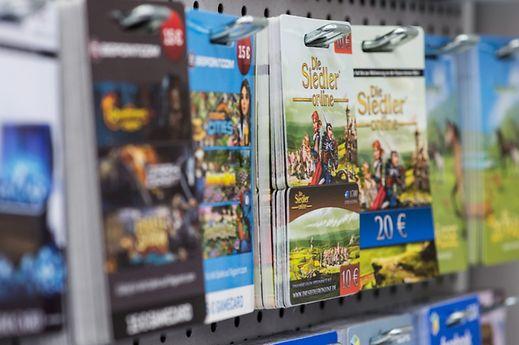 Für viele Free-to-play-Titel gibt es sogar Guthabenkarten in Geschäften.