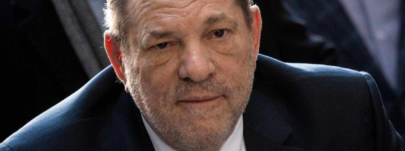 Der 69-jährige Weinstein sitzt derzeit in New York eine Haftstrafe ab.
